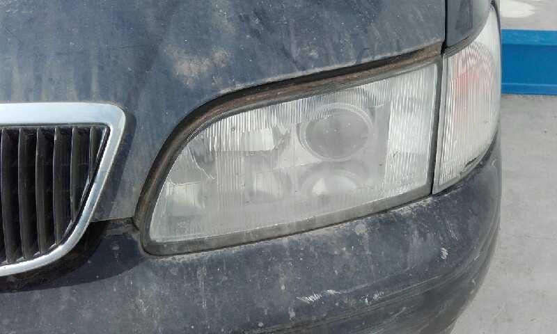 Faro izquierdo de Toyota Lexus gs 300 (jzs147) (1993 - 1996)