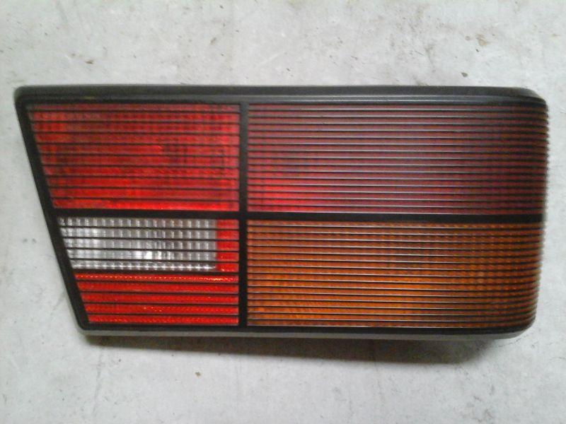 Piloto trasero derecho de Ford Orion (1983 - ...)