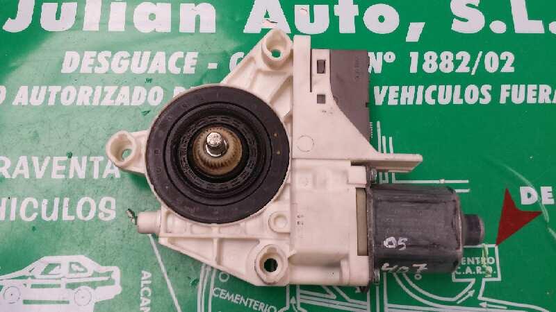 Motor elevalunas trasero derecho de Peugeot 407 sw (2004 - 2011) 999066101