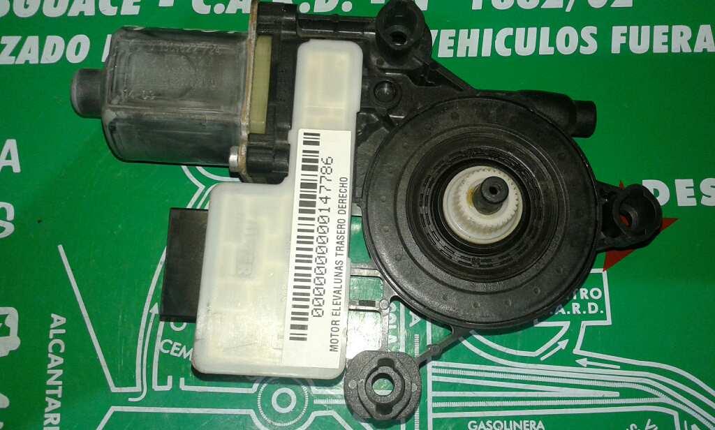 Motor elevalunas trasero derecho de Seat Leon (5f1)(09.2012->) (2012 - ...) 5Q0959812A