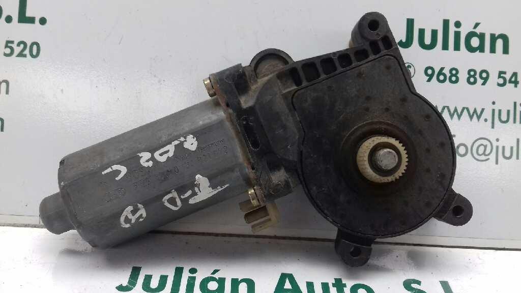Motor elevalunas trasero derecho de Mercedes benz Clase c (w202) berlina (1993 - 2000) 0130821672