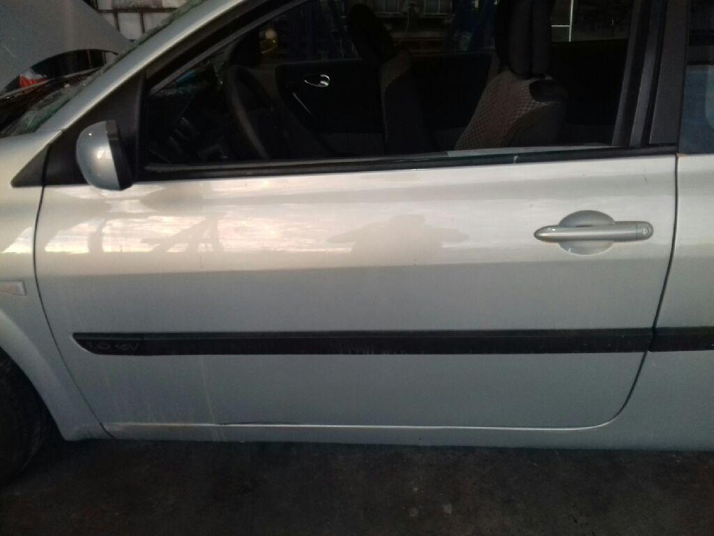Puerta delantera izquierda de Renault Megane ii berlina 3p (2002 - 2009) 7751474349