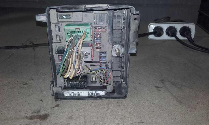 Caja reles / fusibles de Citroen C3 (1995 - 2010) T1184700031