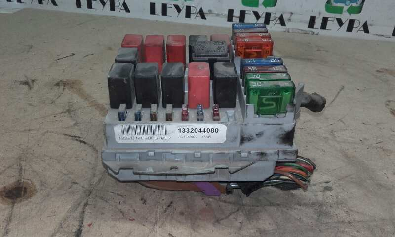 Caja reles / fusibles de Fiat Ducato combi 11 (desde 03.02) (2002 - 2006) 1332044080