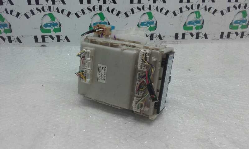 Caja reles / fusibles de Toyota Prius (nhw20) (2003 - 2009) 5D140356